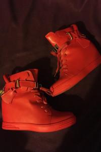 Sneakersy wysokie trampki tenisówki na koturnie czerwone zip zapinane koturna