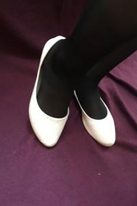 Białe kremowe nude baleriny balerinki eko skóra tłoczone róże r...