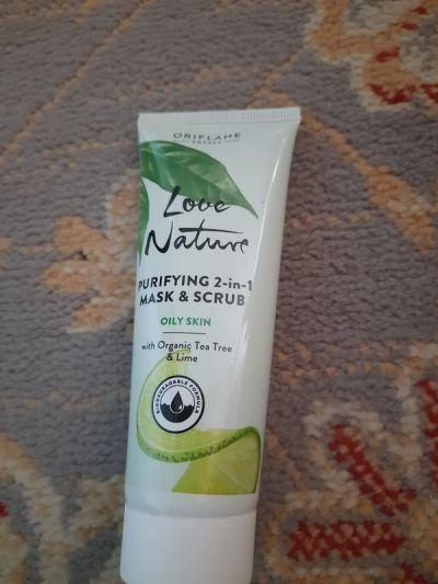 Twarz Oczyszczająca maseczka i scrub z zieloną herbatą i limonka Love Nature Orifame