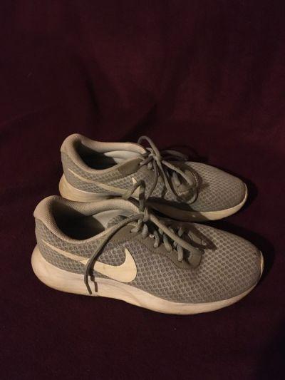 Sportowe Nike tanjun szare siatka sportowe buty do biegania trampki tenisówki adidasy najki