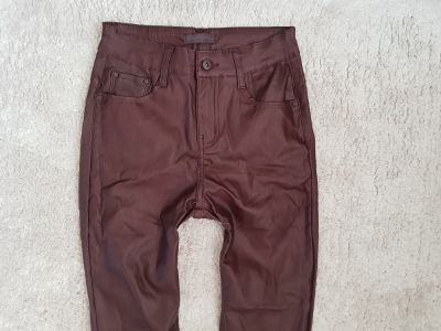 Spodnie spodnie skórzane push up śliwka M