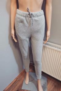 Dresowe spodnie szare XS