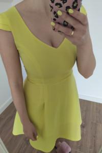 Sukienka krótka rozkloszowana limonka żółty neonowy czarny rozm...