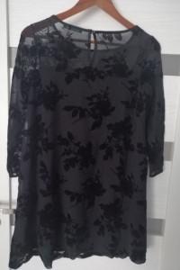 czarna mini sukienka...