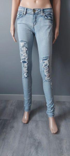 Spodnie Spodnie Jeans Dziury Przetarcia Rurki Tally Weijl 38 M