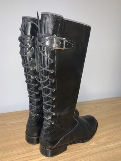 Botki Czarne sznurowane buty do kolan