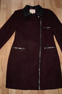 Bordowy płaszcz M L...