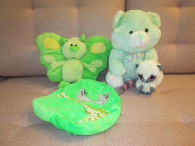 Zabawki Maskotki w zielonej tonacji