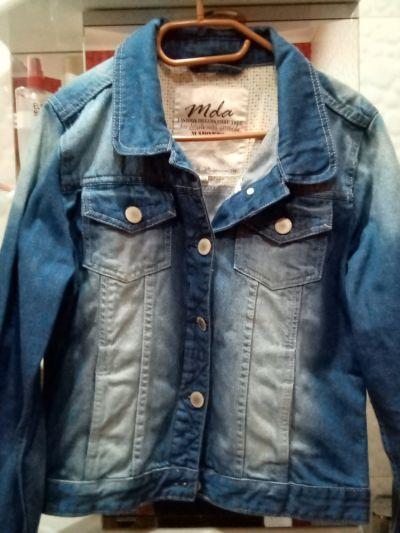 Bluzy Dżinsowa bluza damska polskiej firmy Madonna
