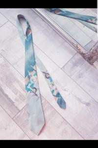 Krawat we wzory...