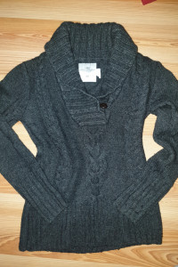 Gruby sweter H&M...