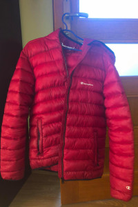 Champion HOODED JACKET RED...