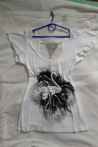 Bluzka biała dekolt na plecach łańcuszek ozdobna...