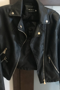 Piekna skórzana kurtka rozmiar M L biust 100 102...