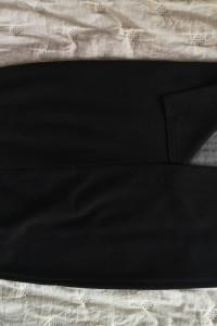 Czarno biała ołówkowa elegancka spódnica...