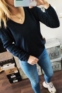 Granatowy sweter w kropki Tommy Hilfiger L...
