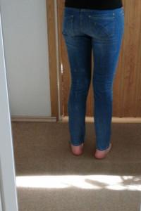 Spodnie jeansy z przetarciami