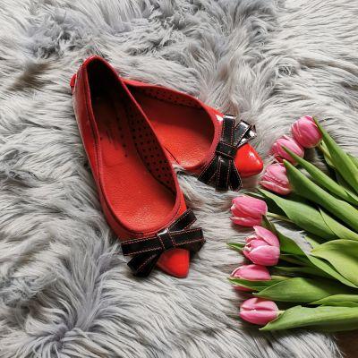 Balerinki czerwone baleriny Promod