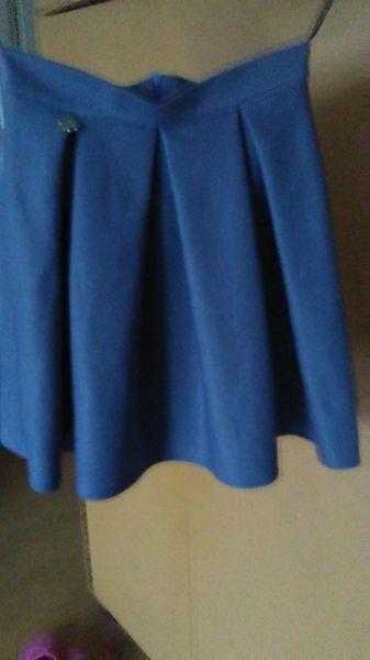 Spódnice sprzedam nową bez metki śliczną spódnicę rozmiar 36