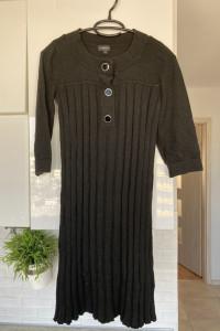 Lindex czarna dzianinowa sukienka złote guziki