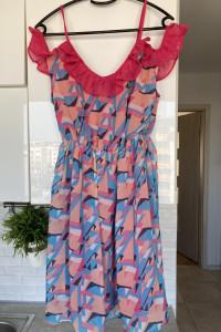 Boohoo sukienka letnia geometryczne wzory falbanka