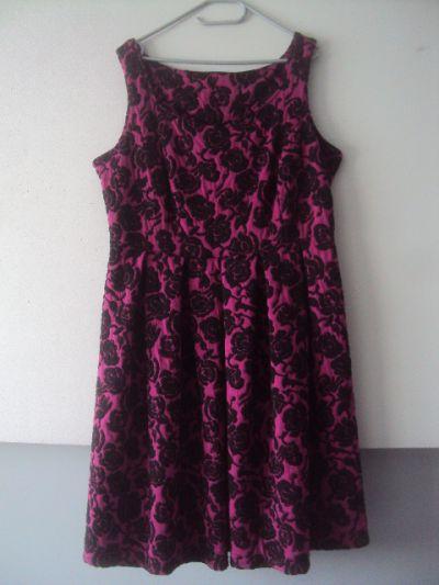 Suknie i sukienki elegancka sukienka w róze