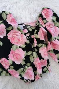 Bluzeczka krotka w kwiaty