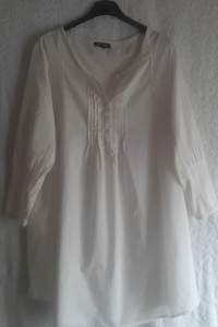 Długa biała koszula tunika Vavite rozmiar 38...