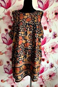 boohoo sukienka wycięcia na ramionach kwiaty liście hit 44
