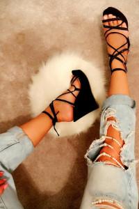 Koturny sandały czarne 40wiązane sznurowane idealne do jeansy d...