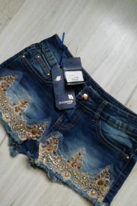 Nowe jeansowe spodenki...