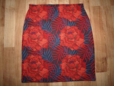 Spódnice Dzianinowa spódnica XS S
