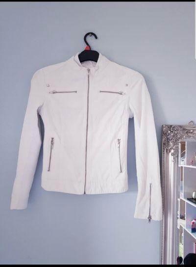 Odzież wierzchnia Biała przejściowa kurtka