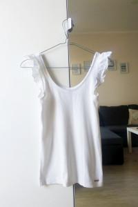 Biała bluzka z falbanami Mohito XS...