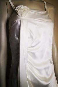 Satynowa sukienka na ramiączka Bonprix Rozmiar 36...