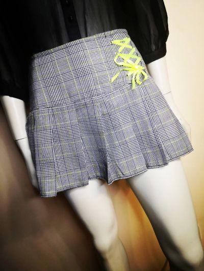 Spódnice Krótka mini spódniczka w kratkę rozmiar 40