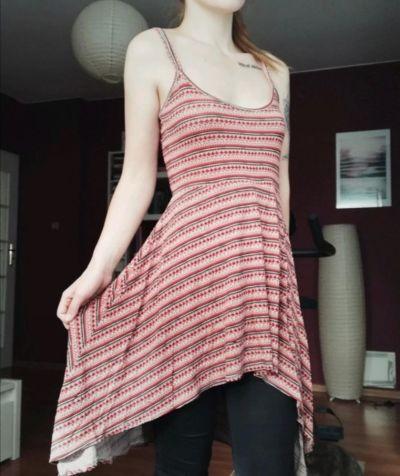 Suknie i sukienki Sukienka we wzory Miso