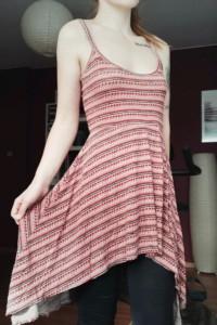 Sukienka we wzory Miso