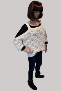 Sweter damski ze spadającymi ramionami