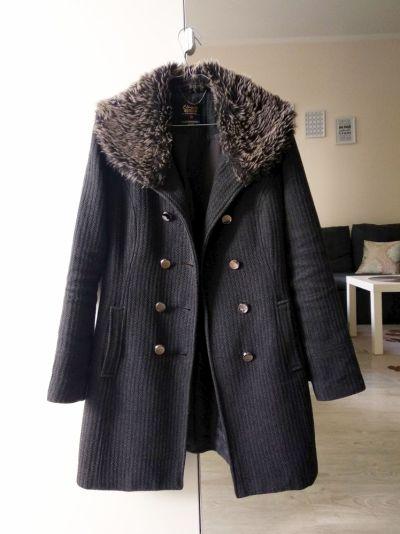 Odzież wierzchnia Płaszcz dwurzędowy C&A z futerkiem XS