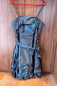 Wyjściowa sukienka...