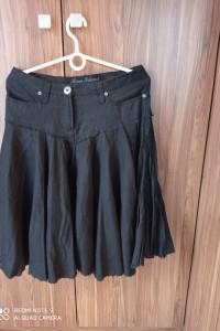 Czarna letnia spódnica...