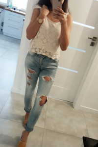 Spodnie jeansy z rozdarciem ONLY