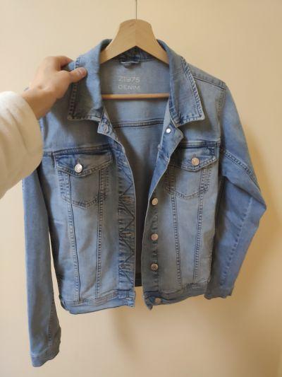 Odzież wierzchnia Jeansowa kurtka na wiosnę