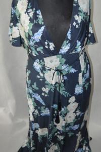 f Elastyczna sukienka Asos 44...
