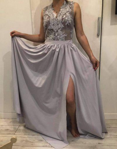 Suknie i sukienki Długa sukienka na wesele z koronkową górą EMO 38