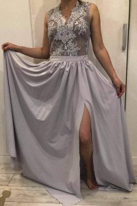Długa sukienka na wesele z koronkową górą EMO 38...