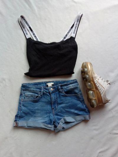Spodenki Krótkie spodenki szorty jeansowe z wysokim stanem z mankietami S h&m