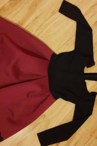 Sukienka goth czarnoczerwona...