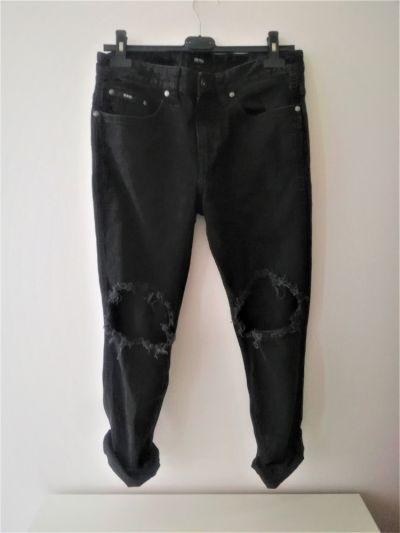 Spodnie Czarne spodnie jeansowe z dziurami Hugo Boss